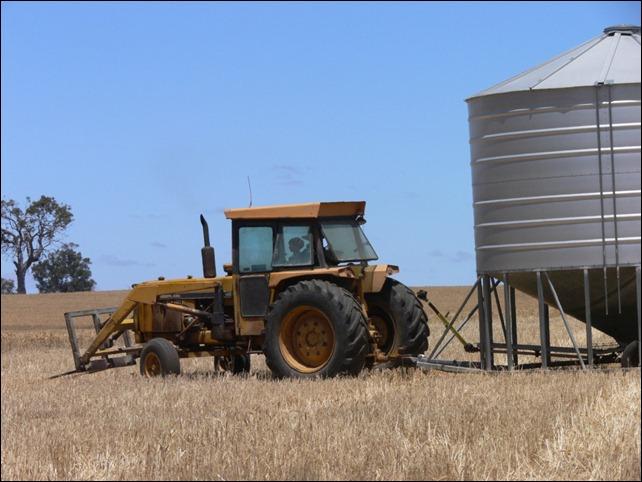 moving field bin