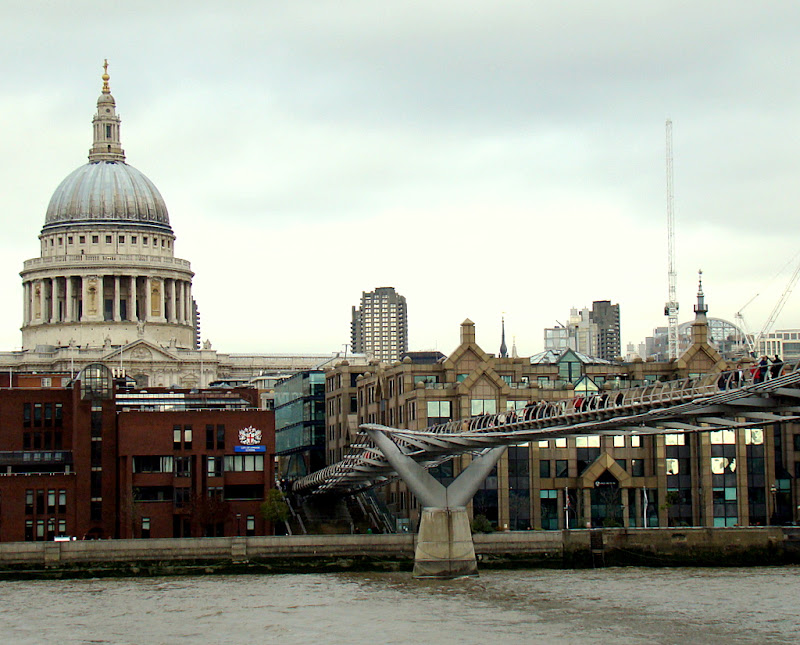 St. Paul's Cathedral and Millennium Bridge from the Thames River Side, Tarun Chandel Photoblog