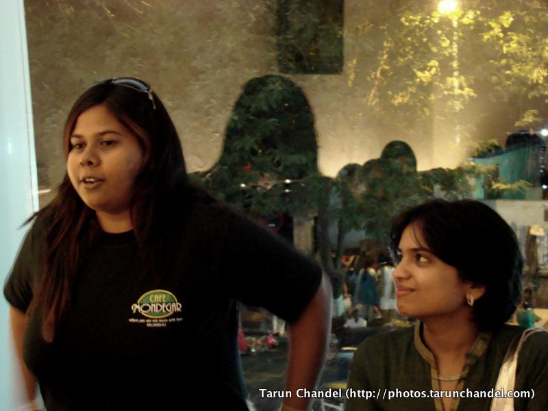 Punkpolkadota and Shhaqt at Aperitweat, Tarun Chandel Photoblog