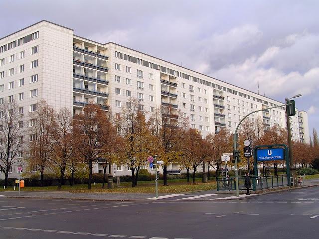 ☭ LA HUELLA SOCIALISTA SOVIETICA EN BERLIN ALEMANIA ☭ 134%20-%20Edificio%20de%20Karl%20Marx%20Alee