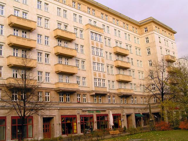 ☭ LA HUELLA SOCIALISTA SOVIETICA EN BERLIN ALEMANIA ☭ 135%20-%20Detalle%20Edificio%20Karl%20Marx%20Alee
