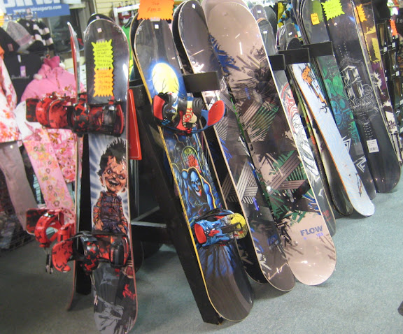 Northern Edge Snowboard Lineup