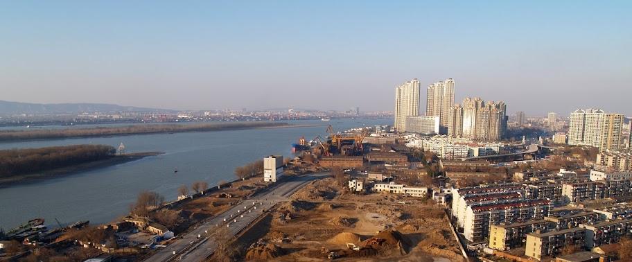 2009元月一日登高望远,海德卫城楼顶看江 - bldr - Georges blog