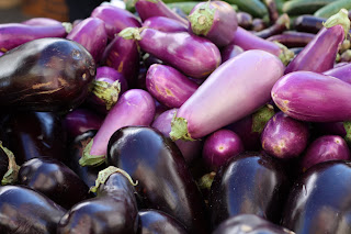 picture of eggplants in two different shades of purple