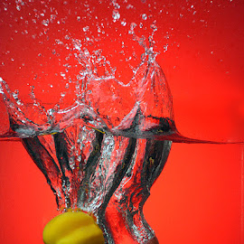 Splash in red by Rakesh Syal - Food & Drink Fruits & Vegetables