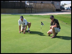 Putting Contest Officials