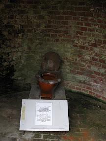 Fort Zachodni - jeden z odkopanych eskponatów