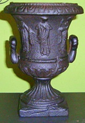 urn crop