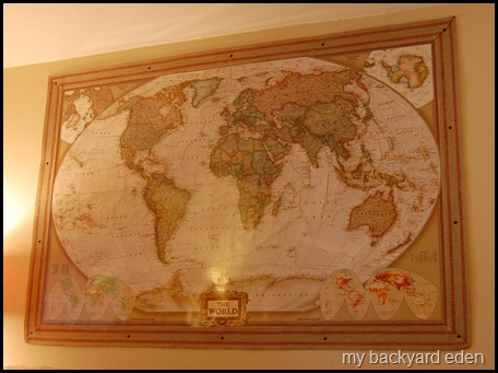 Map with Jute Frame