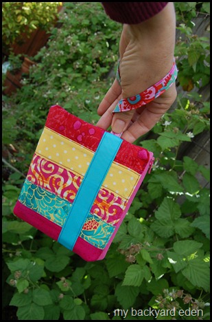 Easy Patchwork Wristlet