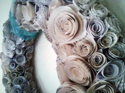 DIYbookpagewreath[1]
