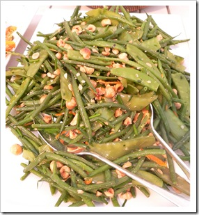 Green bean, mange tout, orange and hazelnut salad