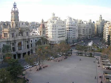 недвижимость в Испании, площадь мэрии