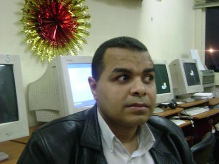 http://lh6.ggpht.com/_HeGMfQTHavI/SekgKA-4DeI/AAAAAAAAAYo/kSNZjETJkFk/Ahmed_taha_pclifeGroup.JPG