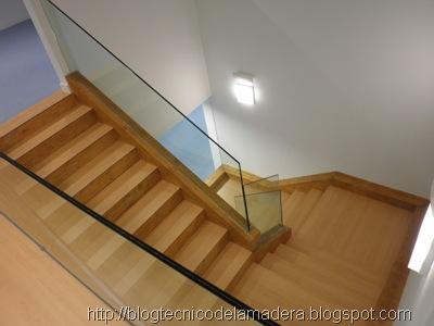 escalera-madera-laminada (1)