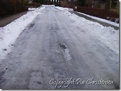 Isbelagt vej 12. jan 2011