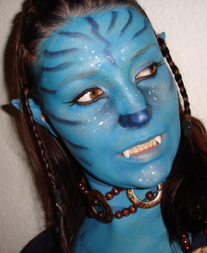 polychromatisch avatar make up