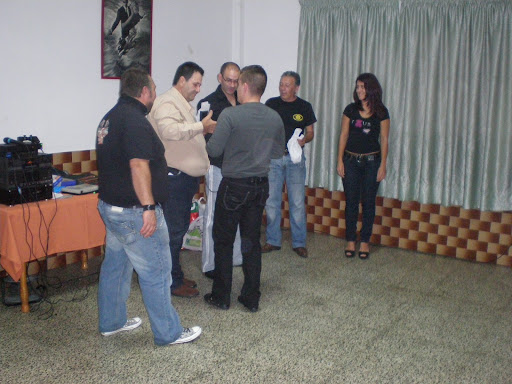 FOTOS CENA MOTERA 11-12-2009 ( fotos ) PC120149