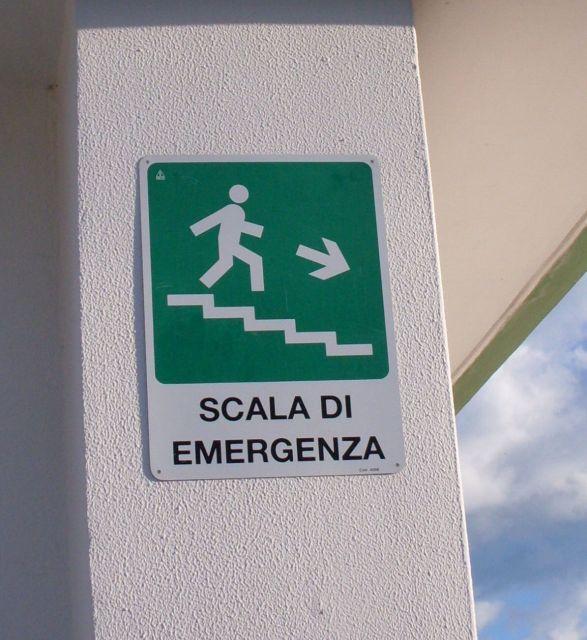 Photo gallery scala di emergenza - Letto di emergenza ...