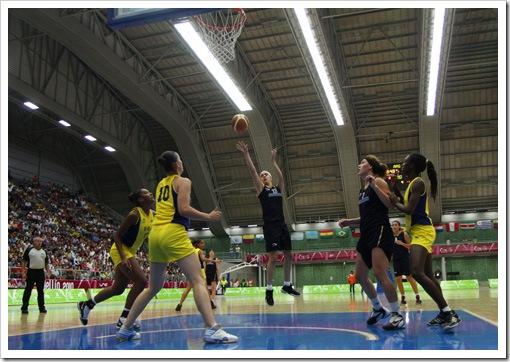 Sabrina Scevola de Argentina en final de Baloncesto Femenino