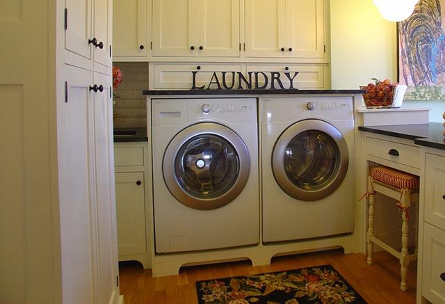[xxl_laundry_room3_bg[6].jpg]