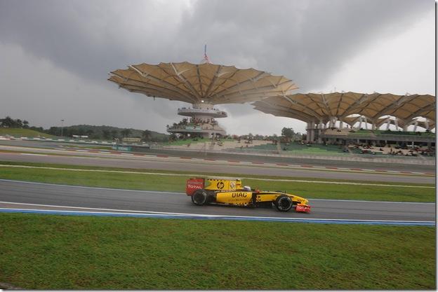 F1DataBase - Vitaly Petrov, Renault - Malásia 2010