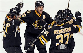 Bruins celebrate Mark Recchi's goal