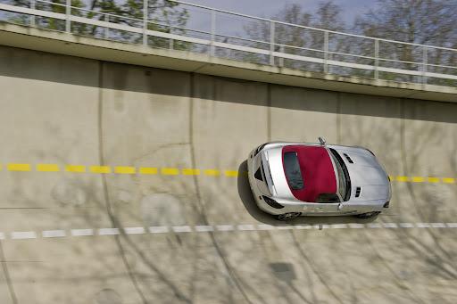 Mercedes-SLS-AMG-Roadster-05.jpg