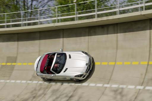 Mercedes-SLS-AMG-Roadster-03.jpg