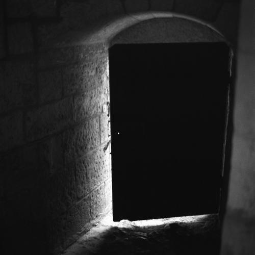 blackdoor1lj6.jpg