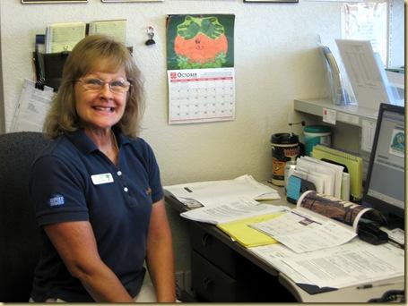 2009-10-20 - AZ, Yuma - Desert Paradise - Anita Sherry at Work-3