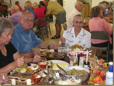 2009-11-26 - AZ, Yuma - Cactus Gardens - Thanksgiving Dinner-31