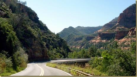 2010-09-23 - AZ, Flagstaff to Sedona via 89-A thru Oak Creek Canyon  (26)