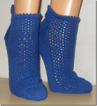 2011_05 Sneakers in blau (2) (738x800)
