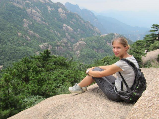 Climbing Huang Shan