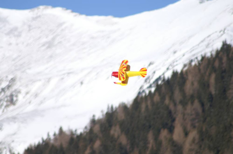 Pitts Special mit Ski