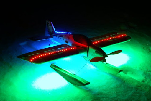 Typhoon 3D mit Beleuchtung
