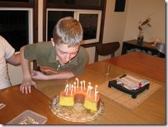 Wills bday cake 05