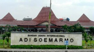 Bandar Udara Adi Sumarmo, Solo (Surakarta)