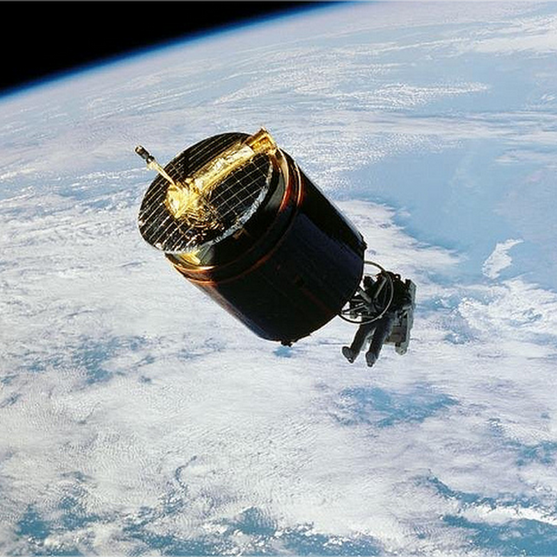 El hombre que atrapó un satélite