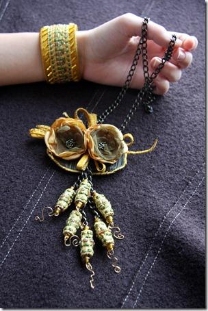 collana fiori organza-2