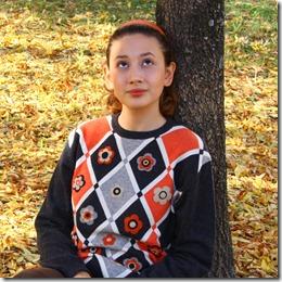 Maglione con fiori di feltro-6