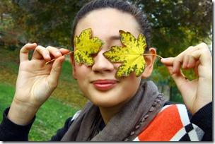 Maglione con fiori di feltro-4