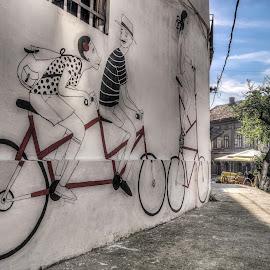 Belgrade, Serbia 065 by IP Maesstro - Buildings & Architecture Homes ( grafitti, hdr, serbia, belgrade, street, maesstro, painting, panasonic )