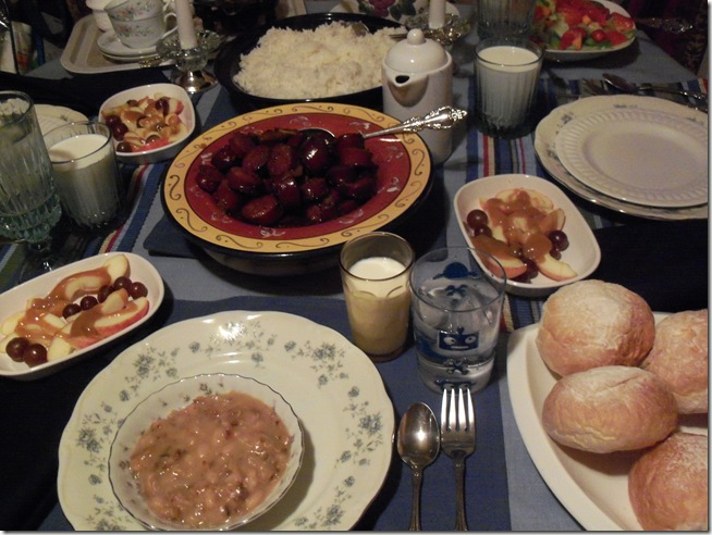 dinner and table 015