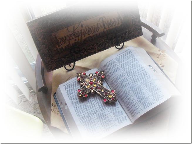 Bible Taple top 1-2011 001