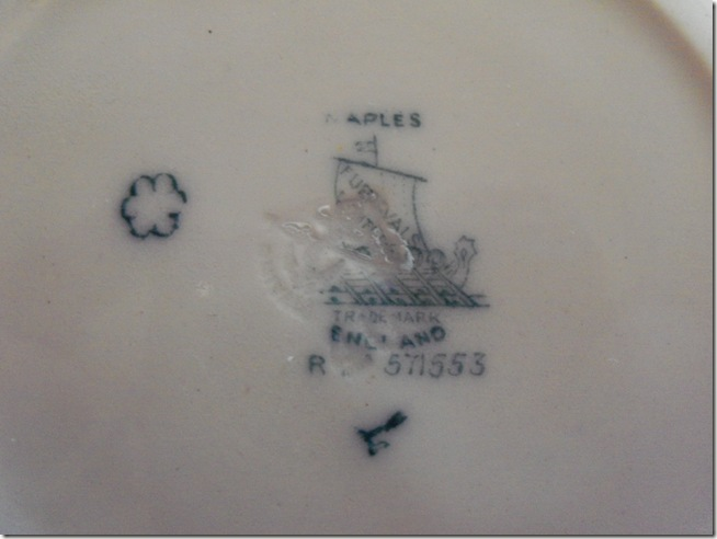 Antique blue teacup 013