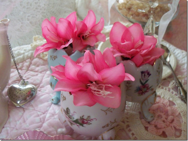 soft and pretty pink tea 005