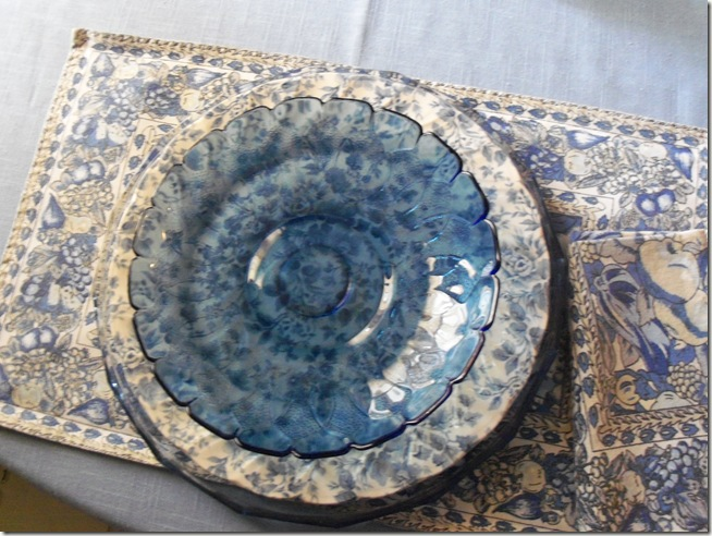 Blue chintz table with food 005