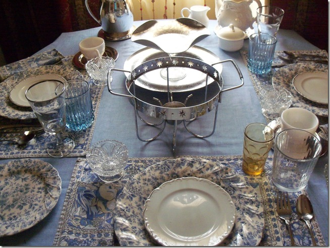 Blue chintz table with food 034